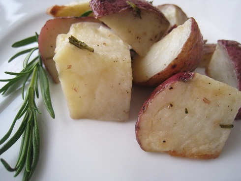 Post image for Roasted Balsamic Baby Red Potatoes