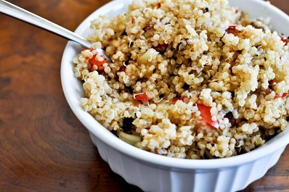 Post image for Guest Post: Jessica of 'How Sweet It Is' Presents Roasted Garlic, Red Pepper and Mushroom Quinoa