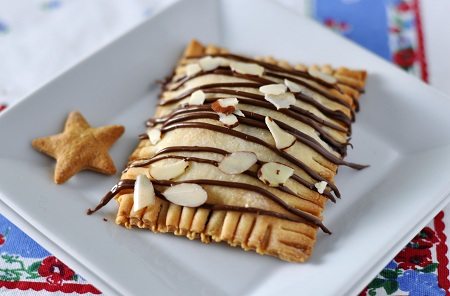 Post image for Winning Ways: Homemade Nutella, Apple & Almond Pop Tarts