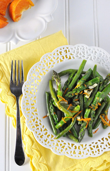 Post image for Asparagus and Green Beans with Citrus-Garlic Oil
