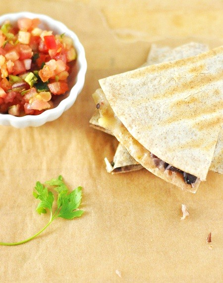 Post image for Black Bean Quesadilla Recipe with Hot Pepper Jack Cheese and Baby Spinach
