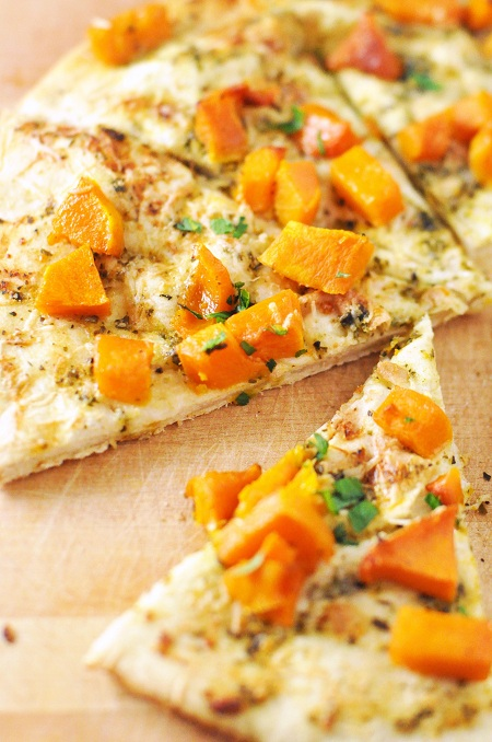 Post image for Roasted Butternut Squash & Pesto Flatbread Pizza