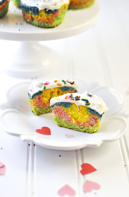 Post image for Rainbow Heart Cupcakes Recipe for Valentine's Day