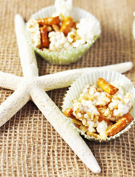Gluten Free Baked Rice Cakes and Popcorn Snack Mix with Garlic & Parmesan