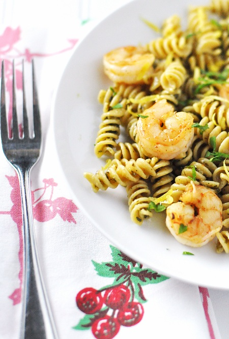 Post image for Cozy Lemon Chili Shrimp & Pesto Pasta Recipe