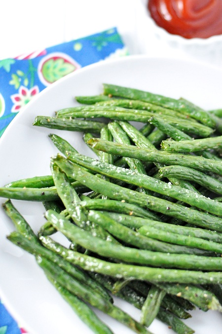 Post image for Roasted Whole Green Beans Fries