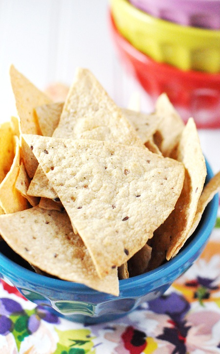 Post image for Homemade Baked Salt & Pepper Tortilla Chips Recipe