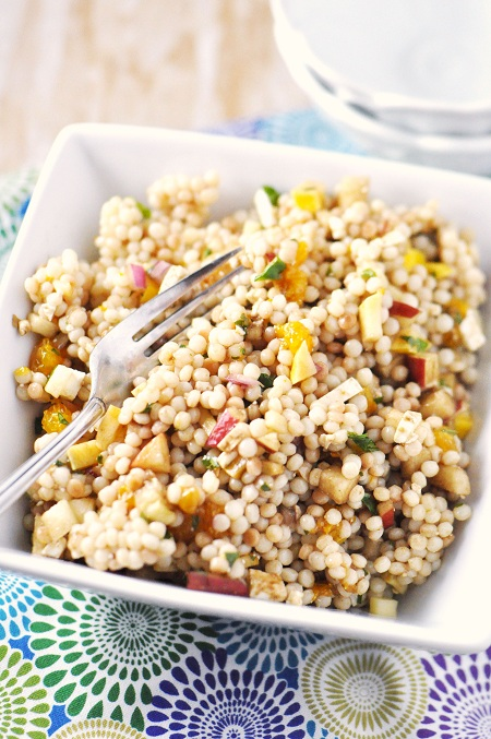 Post image for CVS ExtraCare Rewards: Purse to Plate featuring Israeli Couscous Salad with Oranges, Squash, Feta & Apple