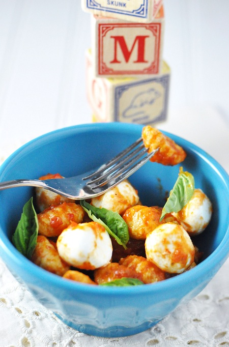 Post image for Potato Gnocchi & Mozzarella in Marinara: Would you call it Linner, Dinner #1 or Dinner #2?