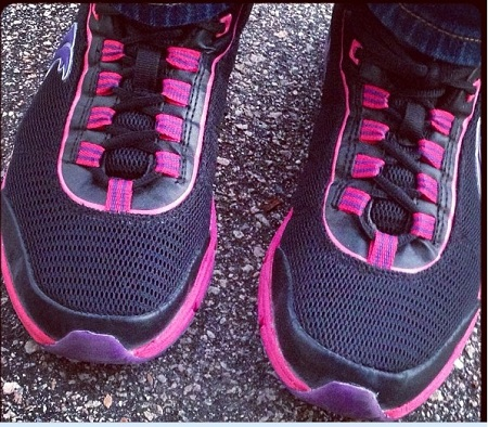 Post image for Therafit Athletic Shoes for Women Review & Giveaway