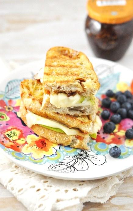 Grilled_Mozzarella_Cheese_Sandwich_Fig_Pear _Recipe_1