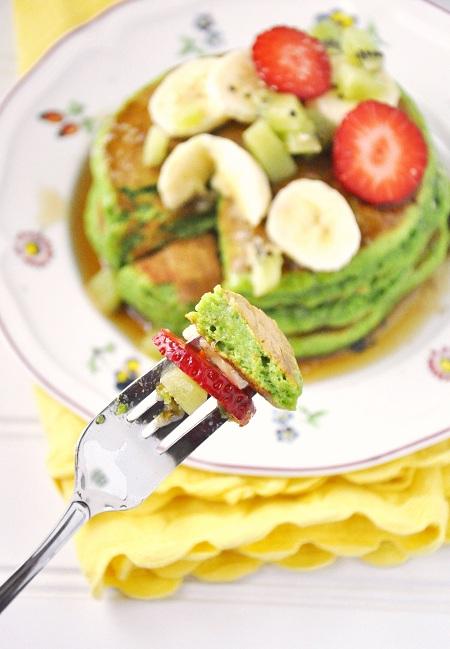 St. Patrick's Day Breakfast: Green & Fluffy Wheat Germ Pancakes Recipe - Draft