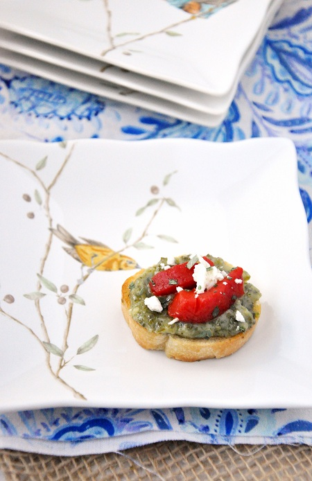 Pesto & Roasted Red Pepper Crostini Bites: An Easter Menu Appetizer