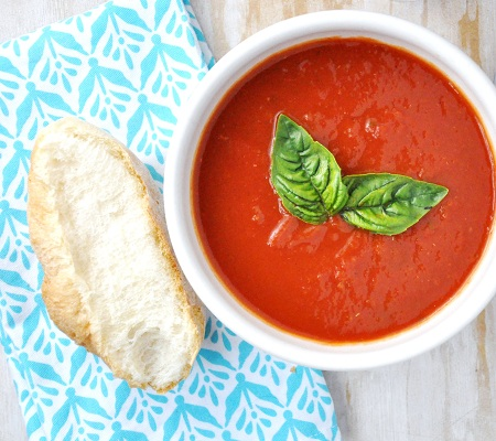 Fresh Summer Basil and Tomato Vegetarian Soup Recipe
