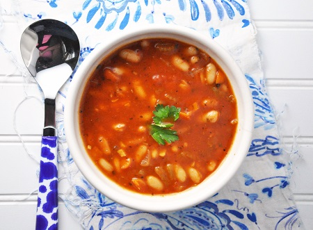 'Spaghetti Sauce' Tomato Bean Soup Recipe {Clean Eating, Gluten-Free, Dairy-Free, Vegetarian & Vegan}