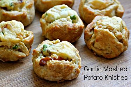 mashed potato knishes