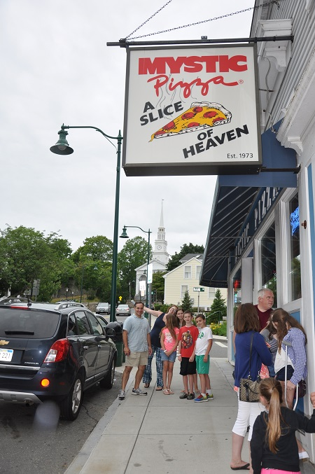 Post image for Touring Mystic Connecticut with Cousins {A new pickle obsession found}