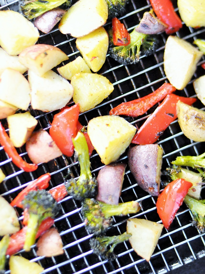 Spicy Roasted Vegetables {Potato, Red Pepper, and Broccoli} Recipe